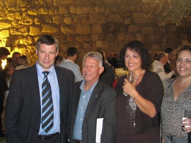 Les participants au congrès ont été accueillis, à Jérusalem, par le ministre israélien du tourisme, Stas Mislejnikov (à gauche) - Photo : P.C.