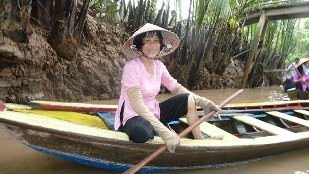 A bord de sampans à rame dans les mangroves du delta du Mékong - DR : M.S.