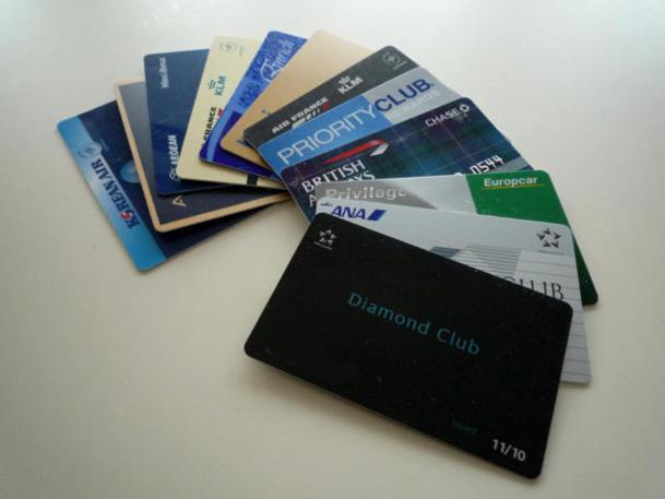 Avec les code-share, les grandes alliances, Oneworld, Skyteam ou Star Alliance, les cartes de crédit et les nombreux partenaires des différents programmes, un seul achat peut ainsi vous valoir des points dans une, voire plusieurs compagnies à la fois. /photo dr