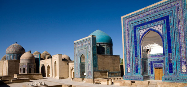 Le réveillon du nouvel an sera célébré à Samarcande, sur la Place du Reghistan - DR : Salaün