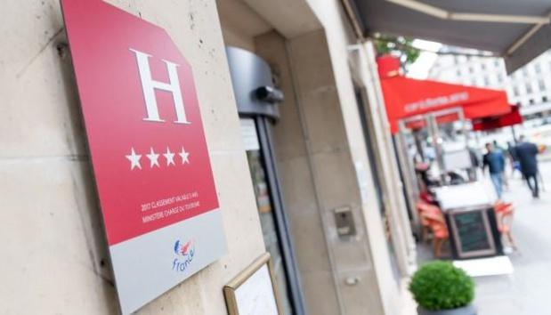 Concernant les classements des hôtels qui doivent cesser leurs effets entre le 12 mars 2020 et le 30 avril 2021, un autre décret spécifique et ayant le même effet sera publié prochainement au Journal Officiel - DR