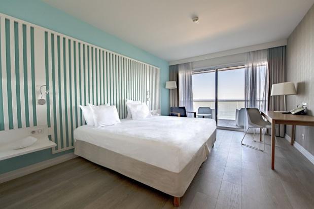 Chambre supérieure avec vue mer au Radisson Blu Resort & Spa Ajaccio Bay - DR : P. Pierrangeli