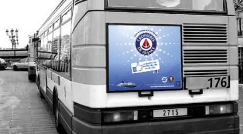 Pour marquer son partenariat avec le SeaTrade et Top Cruise, CDF s'affiche sur les bus à Marseille - Photo DR