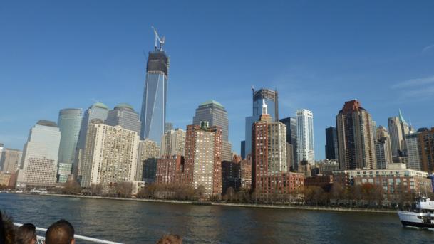 La première des futures tours qui remplaceront les tours jumelles se détache fièrement dans la forêt de gratte-ciel de Manhattan. - Photo MS