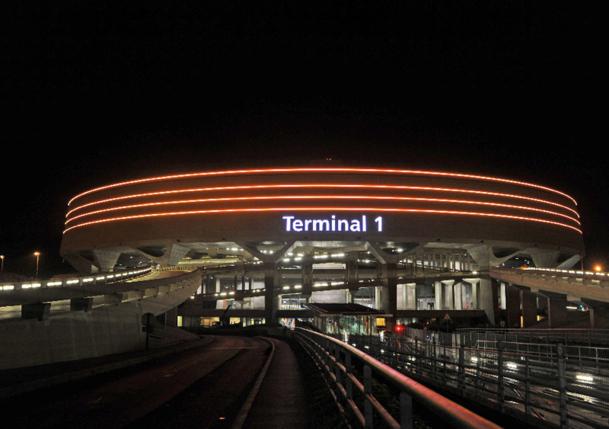 Terminal 1 de nuit, Paris-Charles de Gaulle - Aéroports de Paris - JOUANNEAUX, Jean-Marc