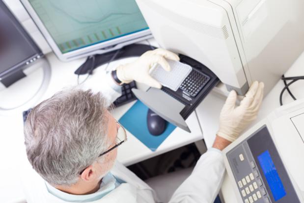 Les kinésithérapeutes sont désormais autorisés à pratiquer les tests PCR, exigés notamment par les Compagnies aériennes et les pays de destination. /crédit DepositPhoto
