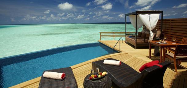 Le complexe hôtelier Baros Maldives reste la référence pour les séjours romantiques - DR