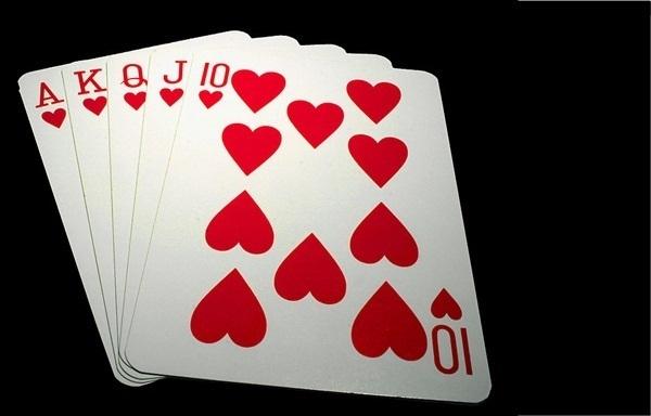 Au poker menteur actuel auquel se livrent Producteurs et Distributeurs, il n'y aura que des perdants... /photo Wikipedia