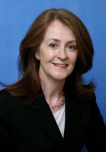 Finola O'Mahony, DG Europe de Tourism Ireland, est venue spécialement à Paris pour présenter les principaux axes de la communication irlandaise pour 2013 - DR : OT d'Irlande