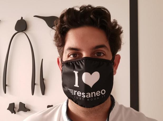 """Raphaël Torro, président de Resenao, montre l'exemple en portant le masque. Dans la crise actuelle, """"il faut que l'on soit tous solidaires et pas les uns contre les autres"""", déclare-t-il. - Photo RT"""