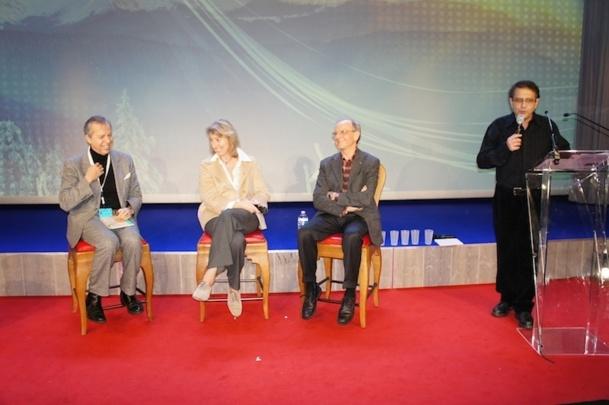 """Bernard Maris, Catherine Chabaud et Axel Kahn ont débattu du thème du Congrès """"Limit, No Limit"""". - Photo CE"""