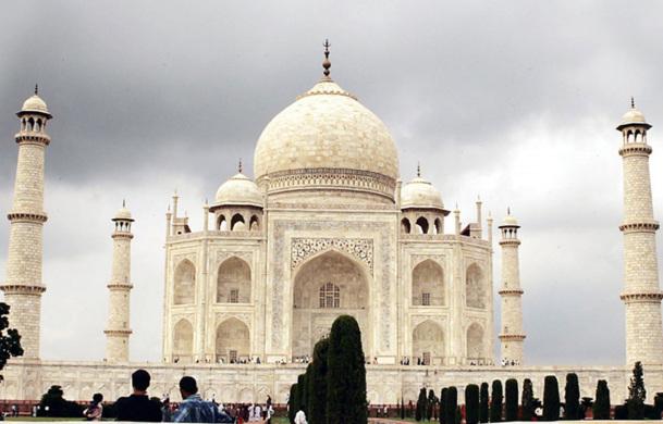 """Il faut être aussi passionné par le terrain, sinon ce n'est pas la peine. La connaissance du terrain permet d'être un perfectionniste """"derrière un bureau""""  - Photo Incredible India"""