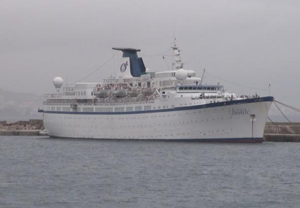 Si la situation des marins du Princess Danae, actuellement immobilisé à Marseille, est maintenant réglée, ce n'est pas le cas pur les clients de NDS Voyages qui n'ont pas pu partir en croisière - Photo A.B.