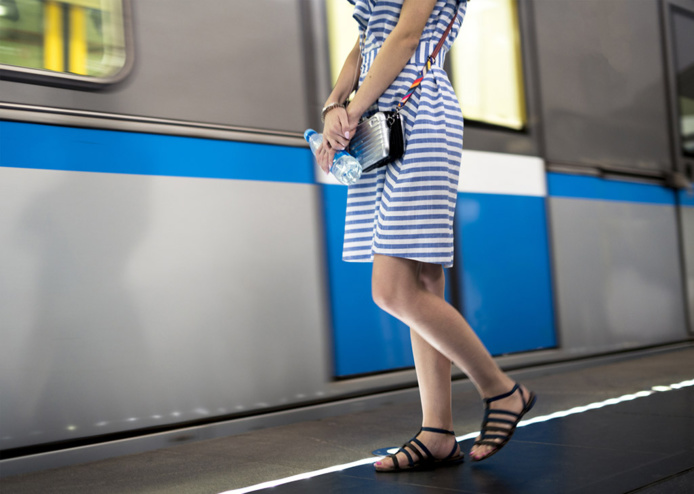 Le client doit fournir une attestation dérogatoire et ses billets - Depositphotos.com Mikeshots