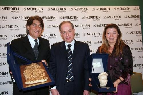 Lucien Salemi, le le Dr Saada Lla Agha Alkalaa, ministre syrien du Tourisme et Nadine Pawlak