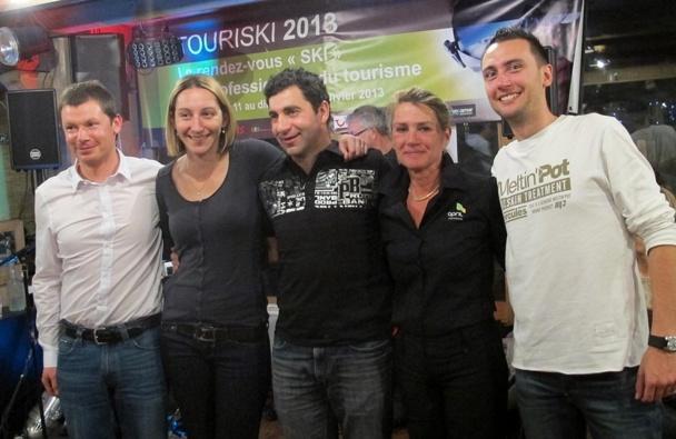 de gauche à droite : Fabrice GODIN,Claire JOMARON, Grégory FAY, Myriam LAUTIER et Stéphane BOURBOUZE./photo JDL