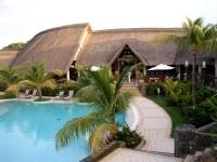 Naïade Resorts : profits nets de 5,7 Mie en 2003