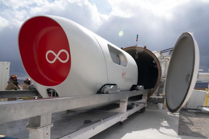 Virgin Hyperloop a fait son premier test avec des passagers - Crédit photo : Virgin Hyperloop