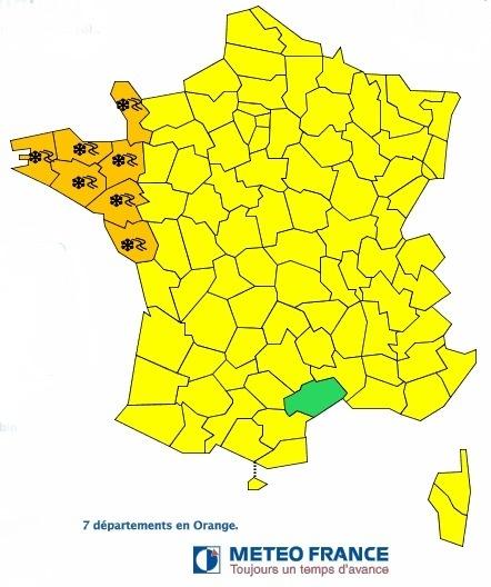 La Bretagne et le Nord-Ouest de la France risquent de subir de fortes chutes de neige dans la nuit de jeudi 17 à vendredi 18 janvier 2013 - DR : Météo France
