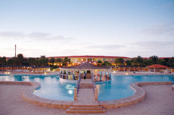 Le premier des 5 établissements programmés, le Top Club Crioula du Cap Vert, a ouvert ses portes le 22 décembre dernier  - DR