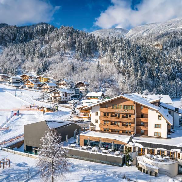 L'hôtel Scharwrbrunn 4* sup. dans son manteau d'hiver au coeur du Tyrol /crédit DR