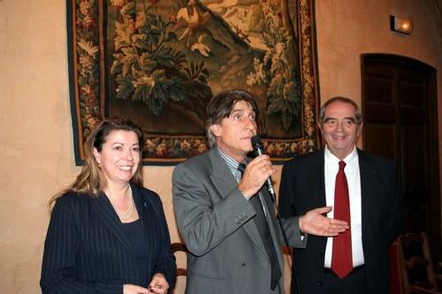 Lucien Salemi, nouvellement élu entre Nadine Pawlak et Georges Colson