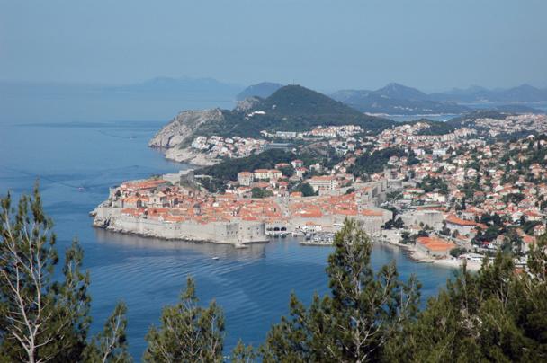 Les 7èmes Forces de vente du réseau Selectour-Afat se déroule à Dubrovnik en Croatie. Ni P. de Saint-Victor, ni F.-X. de Boüard, ni Jean-Pierre Mas n'ont fait le déplacement . Photo CE