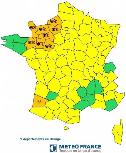 9 départements français sont placés en vigilance orange vendredi 25 janvier 2013 par Météo France - Météo France