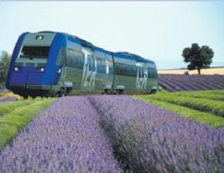 Le train de la lavande entre Marseille et Briançon