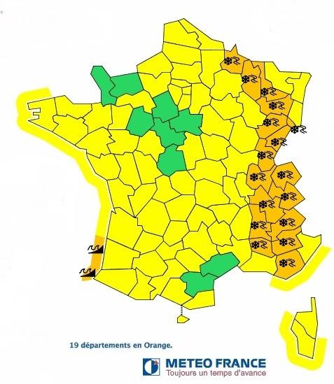 17 départements de l'Est de la France sont placés en vigilance orange aux chutes de neige - Météo France