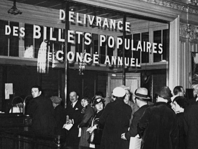1936, début des congés payés. Les pouvoirs publics décident de réglementer l'organisation des voyages afin de protéger (déjà) les vacanciers en cas de défaillance de leurs prestataires - DR
