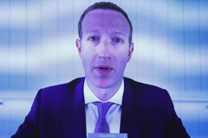 En juillet 2020, le PdG de Facebook Mark Zuckerberg témoignait devant une commission anti-trust à Washington. Graeme Jennings -- Getty Images via AFP