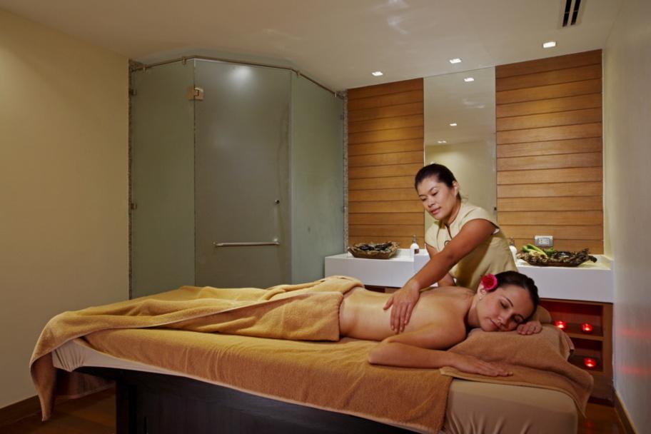 Un massage à huile dans le Nova Hotel & Spa Pattaya. DR