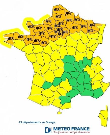 29 départements français, du Finistère à la Moselle, sont placés en vigilance orange à la neige par Météo France ce mardi 12 mars 2013 - DR Météo France