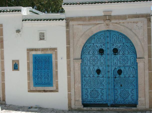 Du 1er janvier au 10 mars 2013 le trafic touristique, toutes nationalités confondues a enregistré une baisse de - 1,6 % par rapport à 2012 et de - 17,4 % par  rapport  2010. - Photo Sidi Bou Saïd JdL
