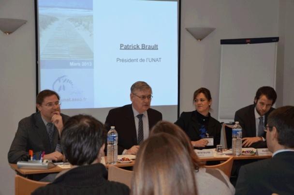 M. Patrick Brault, Président de l'UNAT, en pleine intervention - Photo B.F.