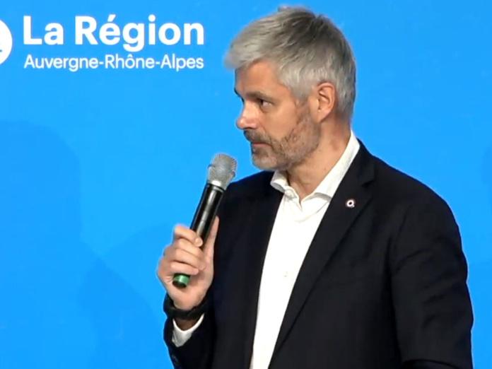 """Laurent Wauquiez président de la région Rhône-Alpes lors de la conférence de """"crise de la Montagne"""" - DR"""