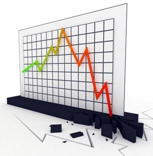 Le groupe Accor vient d'annoncer quelque 172 suppressions de postes, Amex va réduire les emplois d'autant si ce n'est plus, TUI a déjà fait, Thomas Cook a largement entamé le processus, Fram se réserve pour dans pas longtemps...