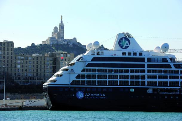 Le paquebot Azamara Quest en escale au J4, Marseille, vendredi 5 avril 2013 - DR : Port de Marseille-Fos