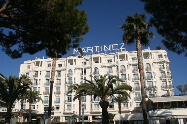 Cannes l 39 h tel martinez change de nom for Les noms des hotels
