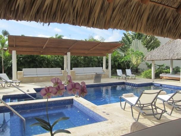 La piscine du spa de l'hôtel Secrets Royal Beach à Punta Cana. DR LAC