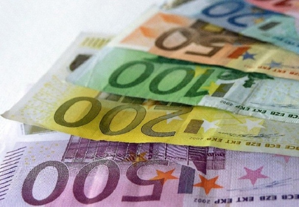 Les 100 000 euros de garantie financière déposé lors de l'immatriculation de CityVol Voyages auprès d'Atout France sont bloqués par la banque espagnole CAIXA faute d'attestation originale - Photo-Libre.fr