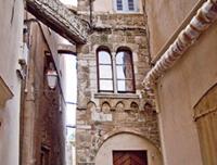 Bonifacio - architecture génoise dans la Citadelle - © Alex Rolet