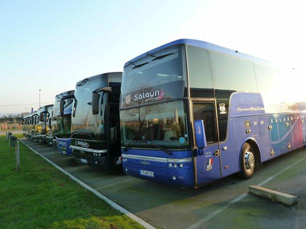 Un conducteur d'autocar grand tourisme peut effectuer des trajets scolaires, des sorties à la journée, des rotations pour les entreprises, des voyages de groupes à l'étranger, etc. - DR : JDL