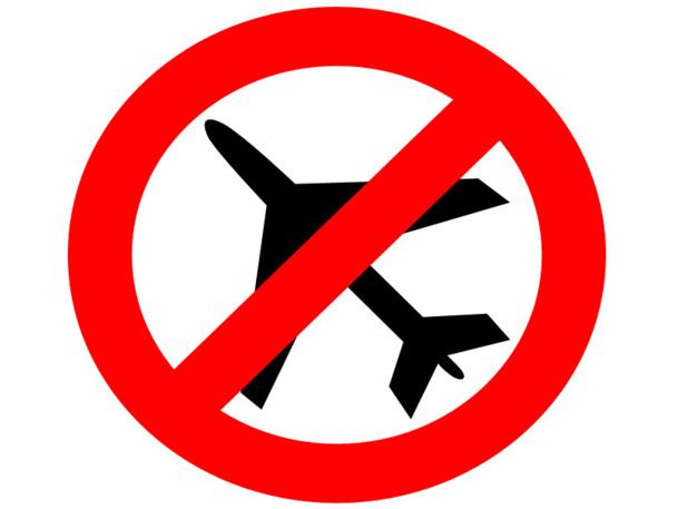 La loi n° 2013-343 du 24 avril 2013 indique l'obligation de l'agent à informer le futur passager de l'identité du transporteur repris sur la Liste Noire - DR