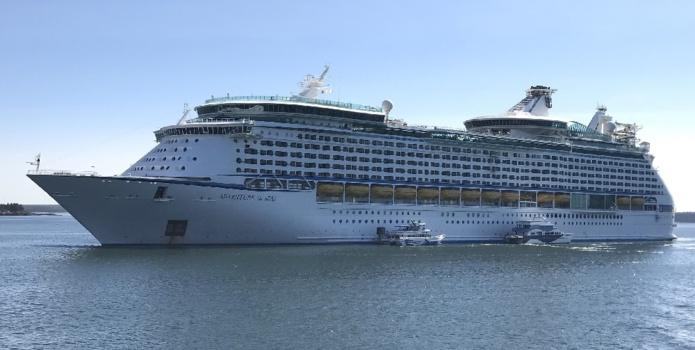 L'Adventure of the Seas - Wikipedia