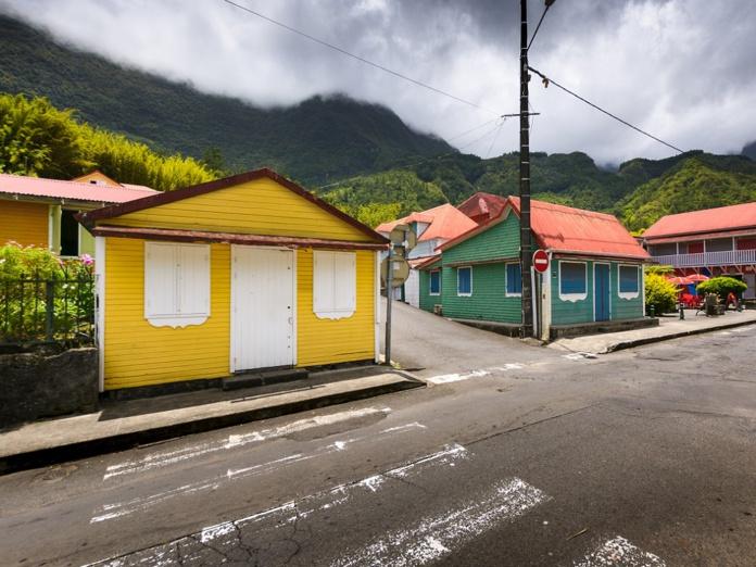 A la Réunion, les réceptifs et les hôtels attendent le retour des touristes, mais peinent à imaginer les contours de l'été 2021, tout comme à la Guadeloupe et en Martinique - Crédit photo : Depositphotos