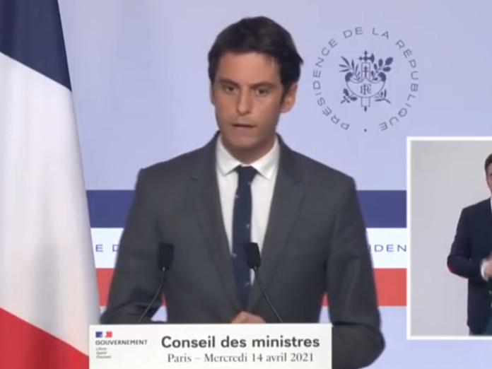 Gabriel Attal à l'issue du conseil des Ministre du mercredi 14 avril 2021. - DR
