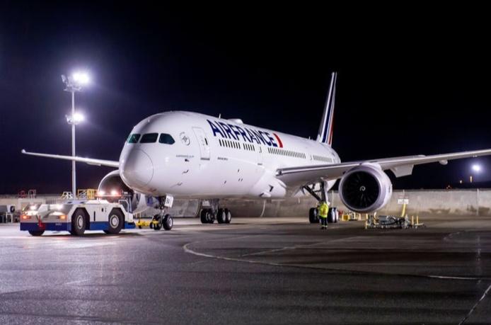 Jusqu'à 3 vols directs seront ainsi opérés chaque semaine (les mercredis, vendredis et dimanches) par un Boeing 787-9 d'une capacité de 279 sièges (30 en cabine Business, 21 en Premium Economy et 228 en Economy) - DR Air France