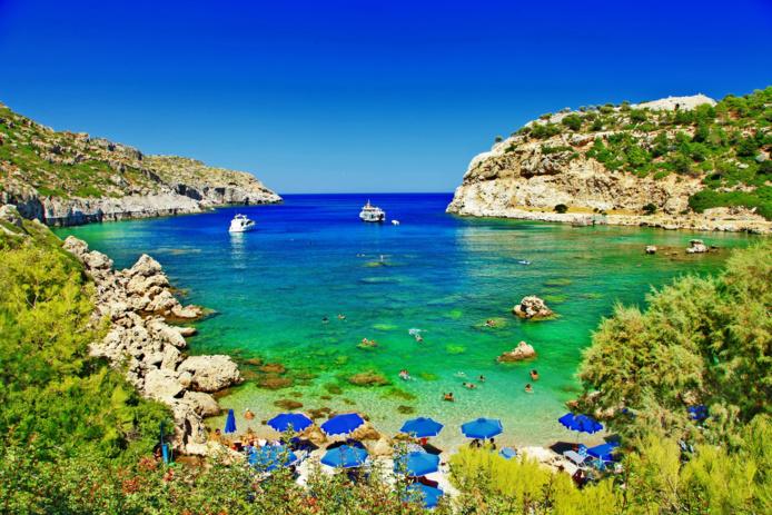 Les magnifiques plages grecques (Rhodes) ouvertes dès ce lundi 19 avril à certaines catégories de touristes /crédit DEpositPhoto